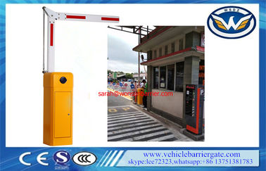Cina 8 Meter Boom Barrier Gate Operator Folding Arm Anti Collision Swing Out 90 ° / 180 ° pemasok